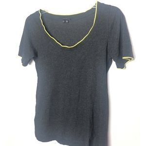 Theory gray tee shirt with yellow trim Size M